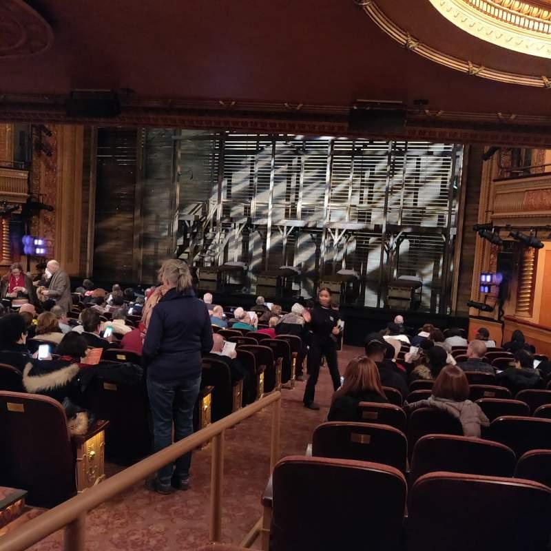 Vista sentada para American Airlines Theatre Secção Orchestra R Fila P Lugar 2