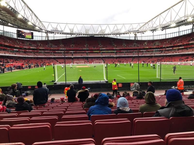 Vista sentada para Emirates Stadium Secção 26 Fila 15 Lugar 795