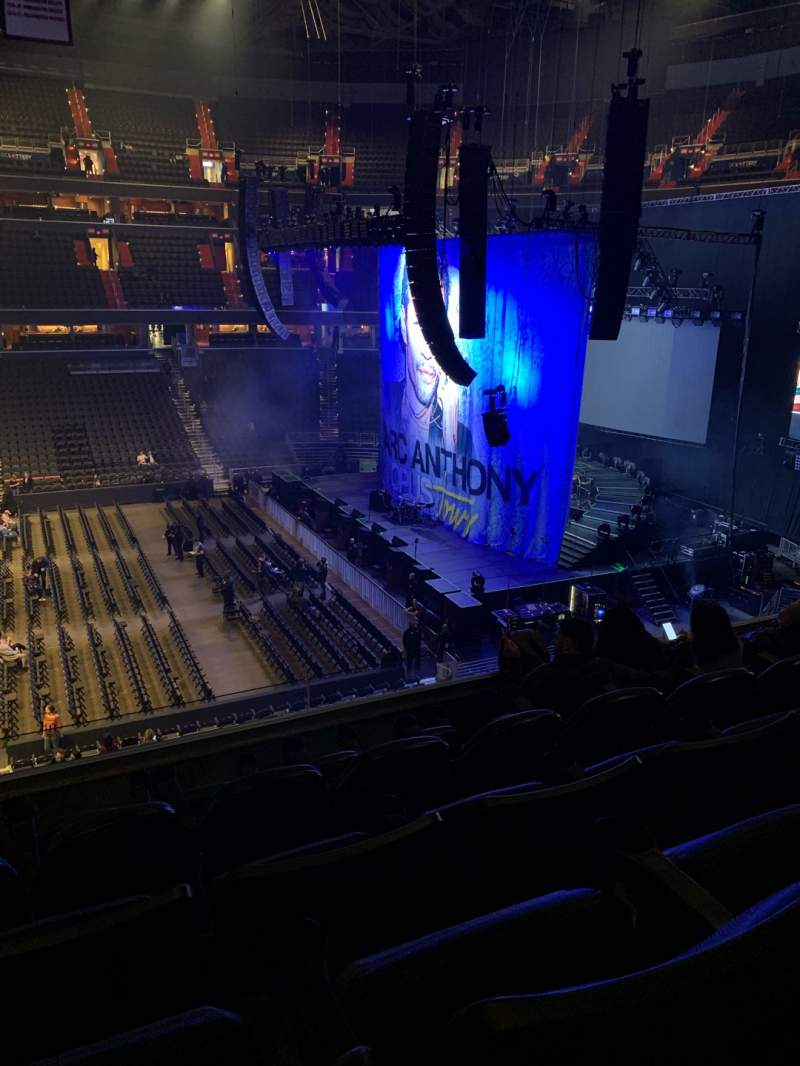 Vista sentada para Capital One Arena Secção 216 Fila E Lugar 4