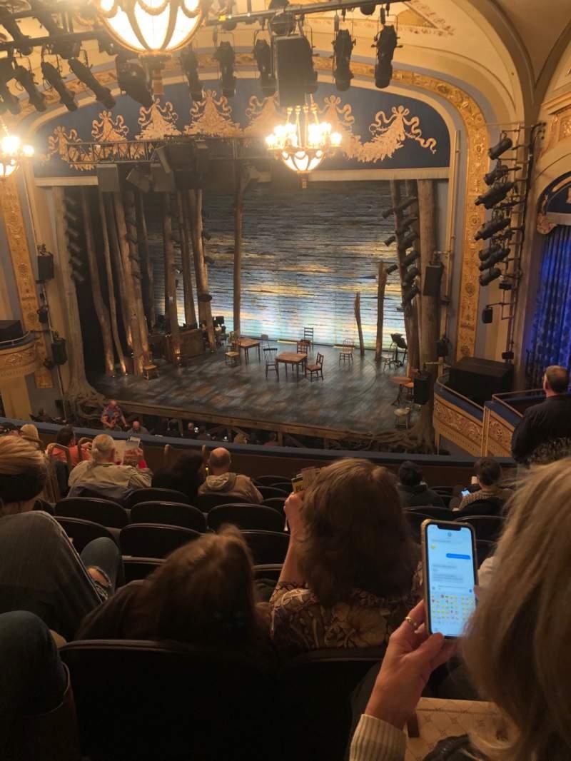 Vista sentada para Gerald Schoenfeld Theatre Secção Mezzanine R Fila K Lugar 16