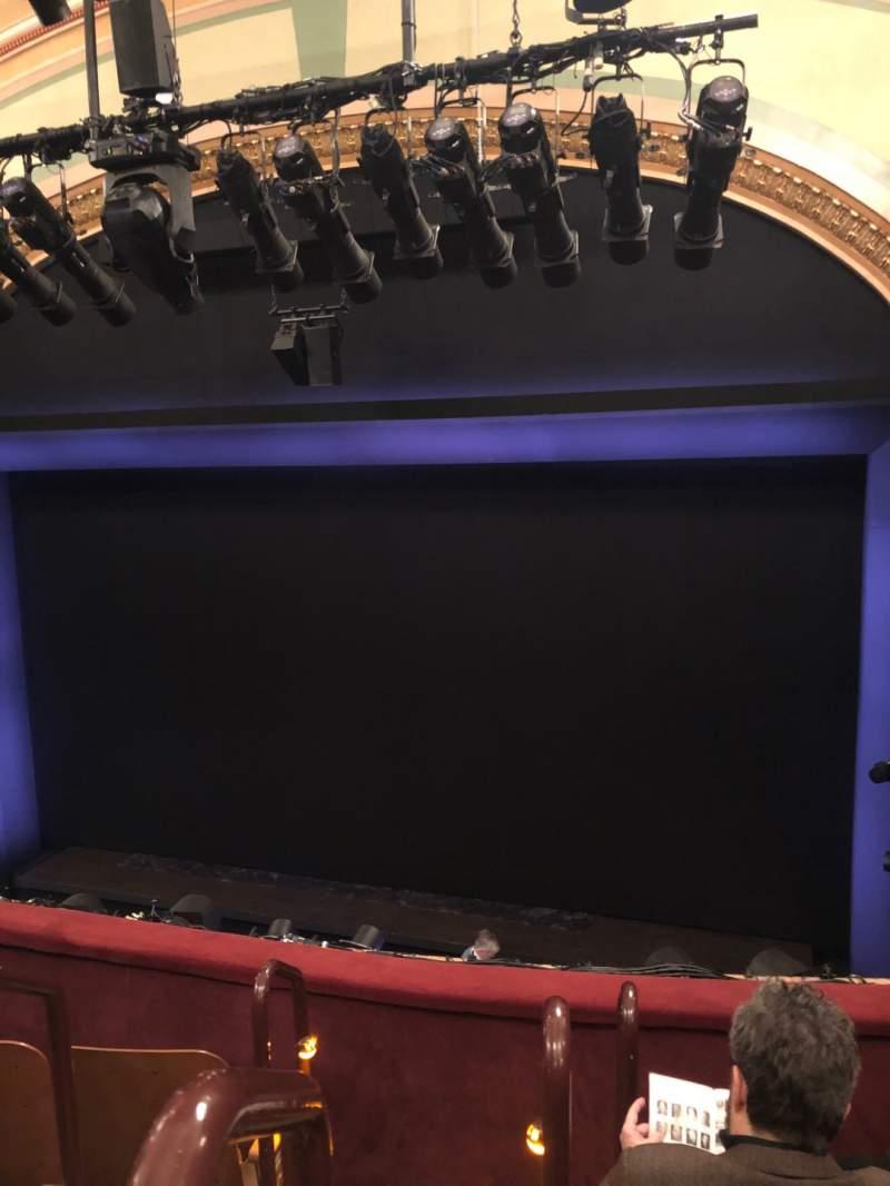 Vista sentada para Booth Theatre Secção Mezzanine R Fila D Lugar 2