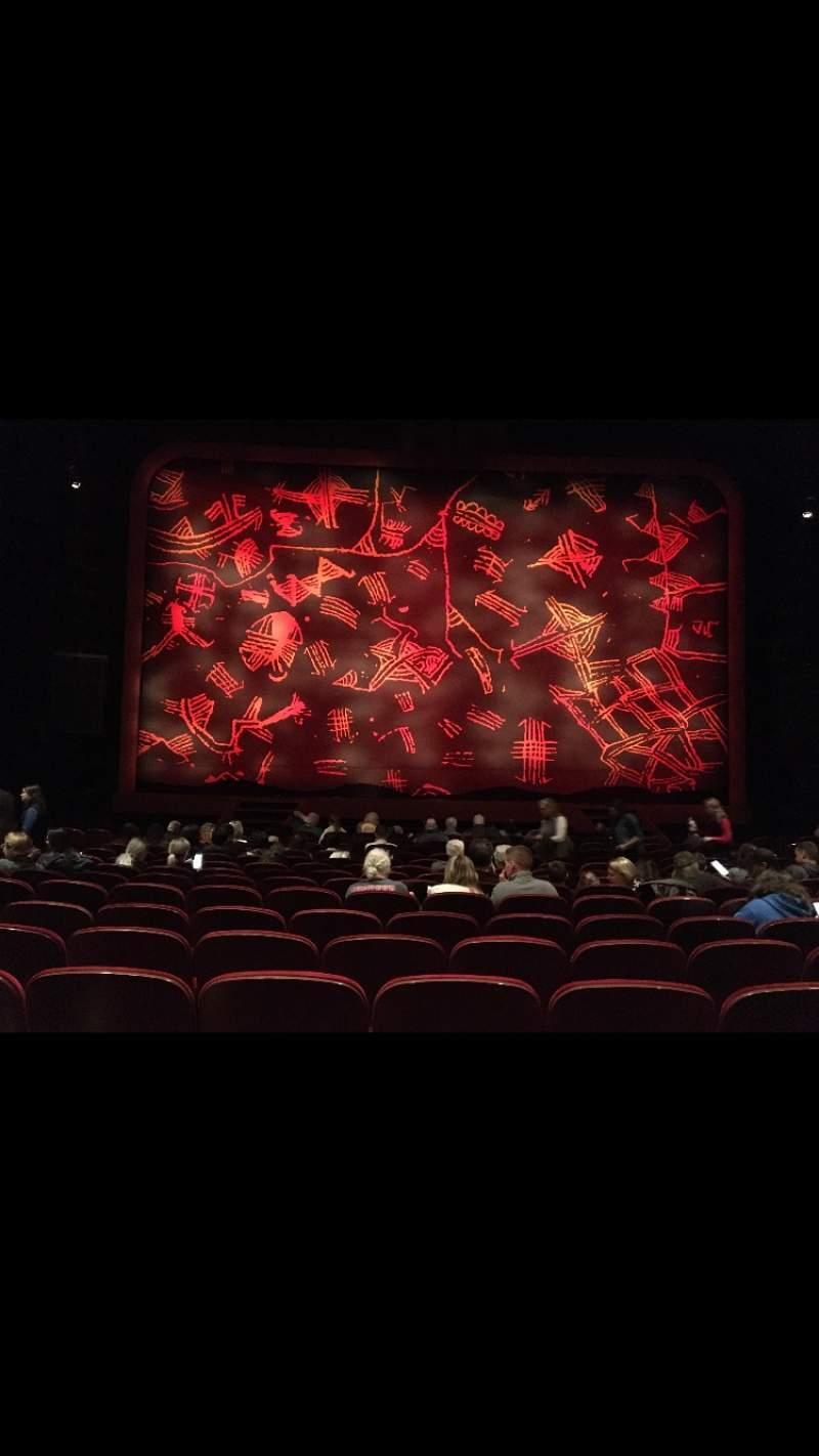 Vista sentada para Minskoff Theatre Secção Orchestra C Fila P Lugar 109