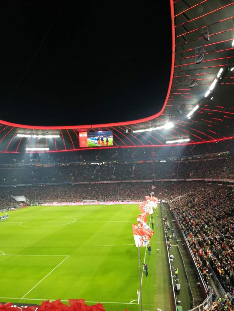 Vista sentada para Allianz ArenaFila 223