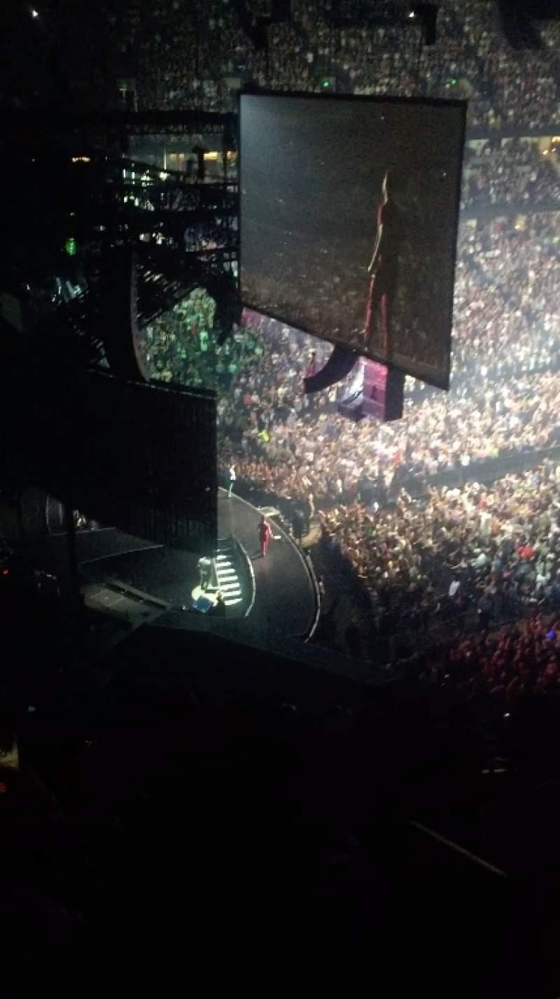Vista sentada para Honda Center Secção 415