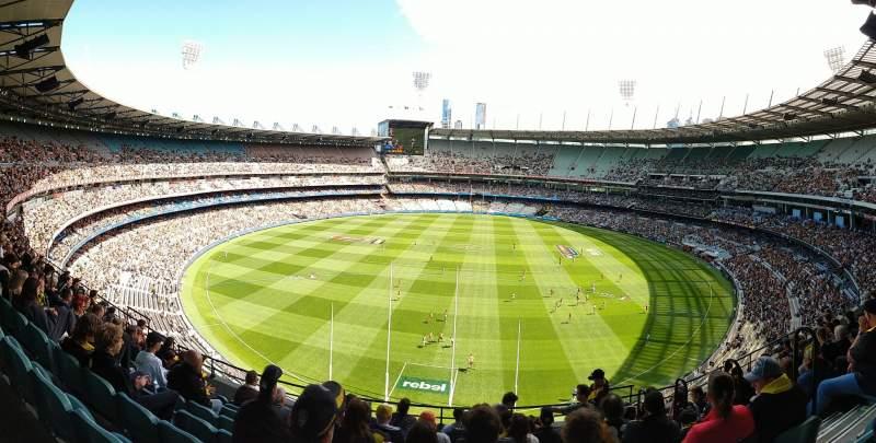 Vista sentada para Melbourne Cricket Ground Secção Q3 Fila J Lugar 4