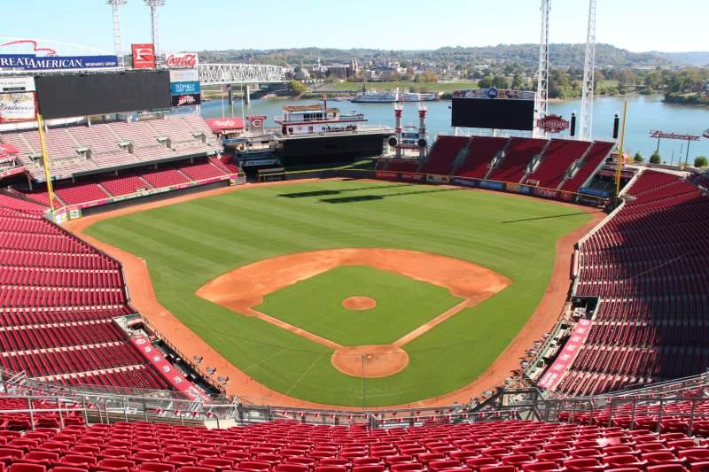 Vista sentada para Great American Ball Park Secção 523 Fila t Lugar 11