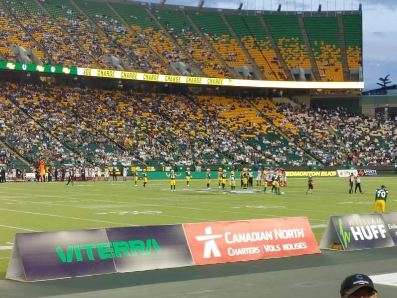 Vista sentada para Commonwealth Stadium (Edmonton) Secção L Fila 3 Lugar 4