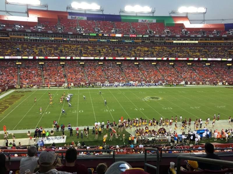 Vista sentada para FedEx Field Secção 303 Fila 6 Lugar 1