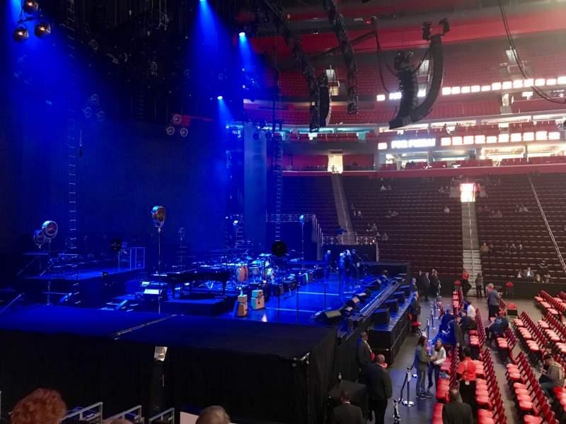 Vista sentada para Little Caesars Arena Secção 125 Fila 10 Lugar 1