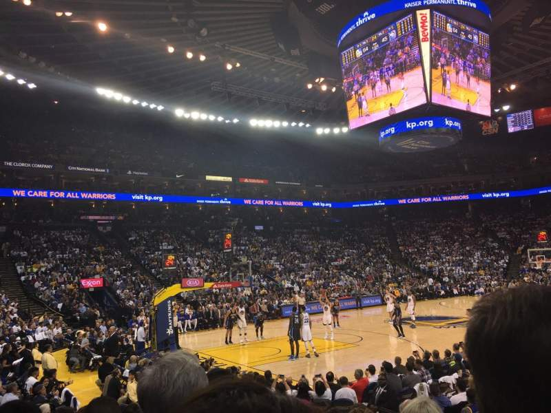 Vista sentada para Oakland Arena Secção 119 Fila 7 Lugar 5
