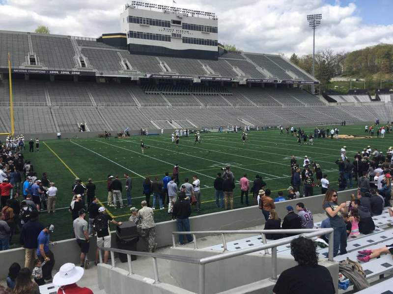 Vista sentada para Michie Stadium Secção 32 Fila M Lugar 17