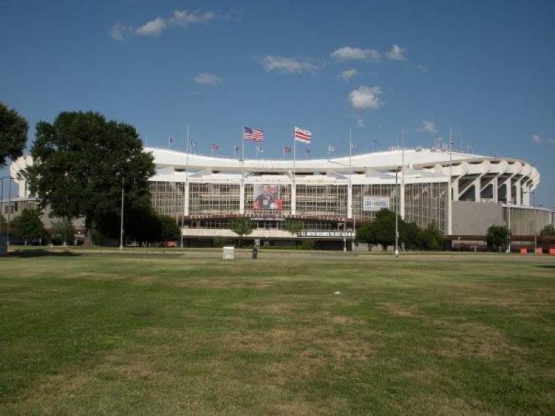 Vista sentada para RFK Stadium