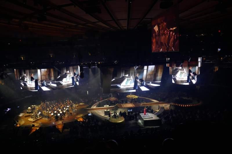 Vista sentada para Madison Square Garden Secção 223 Fila 8 Lugar 13