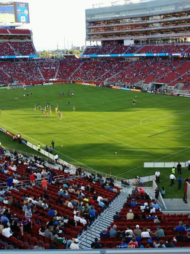 Vista sentada para Levi's Stadium Secção 208 Fila 3 Lugar 2