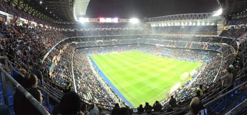 Vista sentada para Santiago Bernabéu Stadium Secção 516 Fila 8 Lugar 21