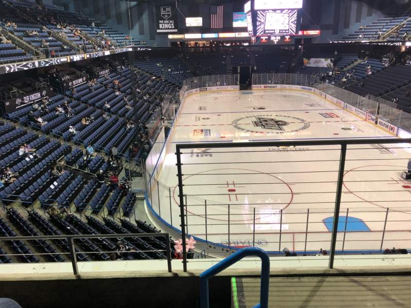 Vista sentada para Toyota Arena Secção 211 Fila C Lugar 1