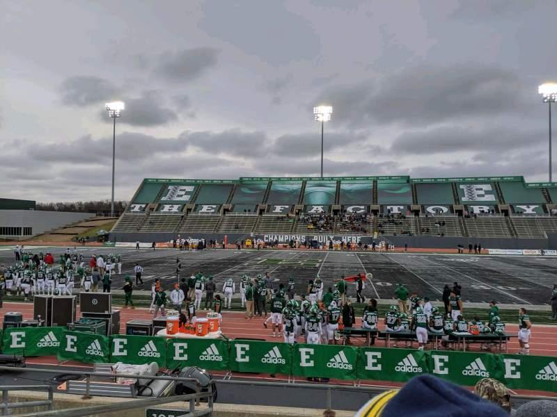 Vista sentada para Rynearson Stadium Secção 106 Fila H Lugar 22