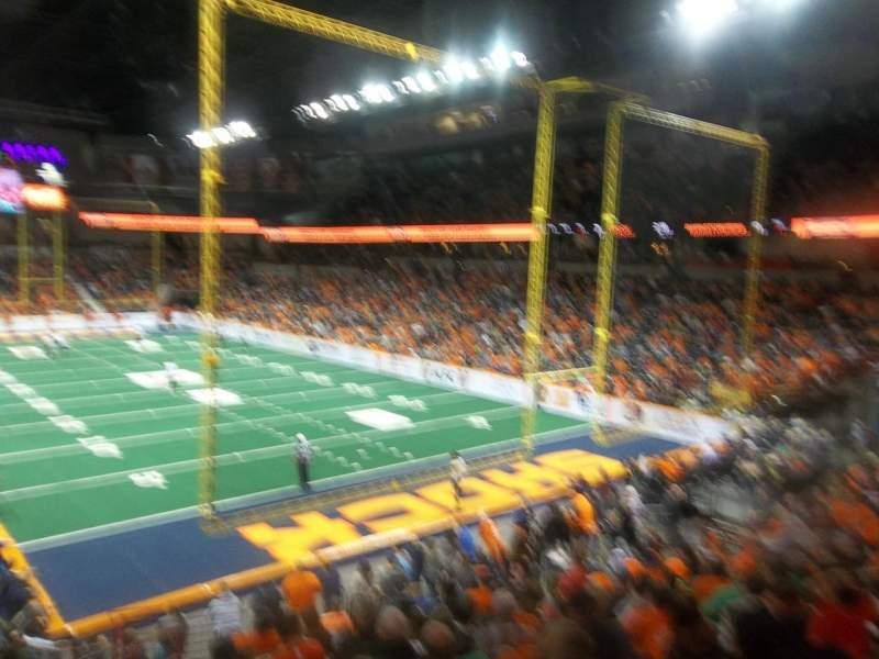Vista sentada para Spokane Arena Secção 120 Fila T Lugar 14
