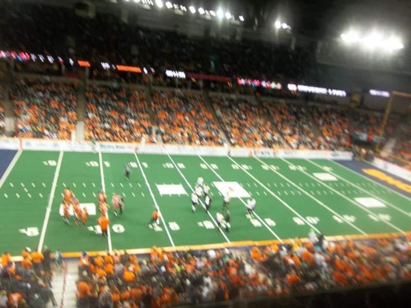 Vista sentada para Spokane Arena Secção 202 Fila L Lugar 18