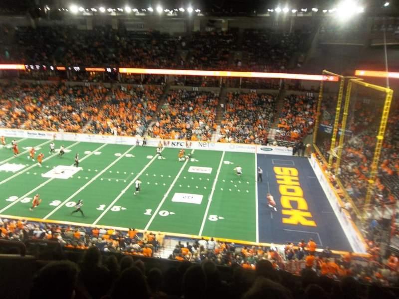 Vista sentada para Spokane Arena Secção 206 Fila M Lugar 6