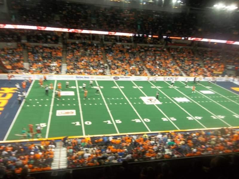 Vista sentada para Spokane Arena Secção 215 Fila M Lugar 18