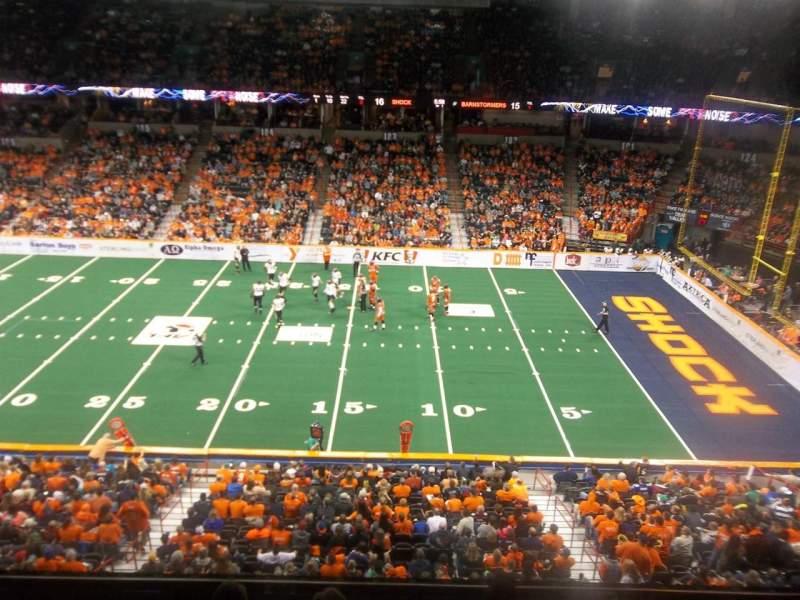 Vista sentada para Spokane Arena Secção 217 Fila M Lugar 10
