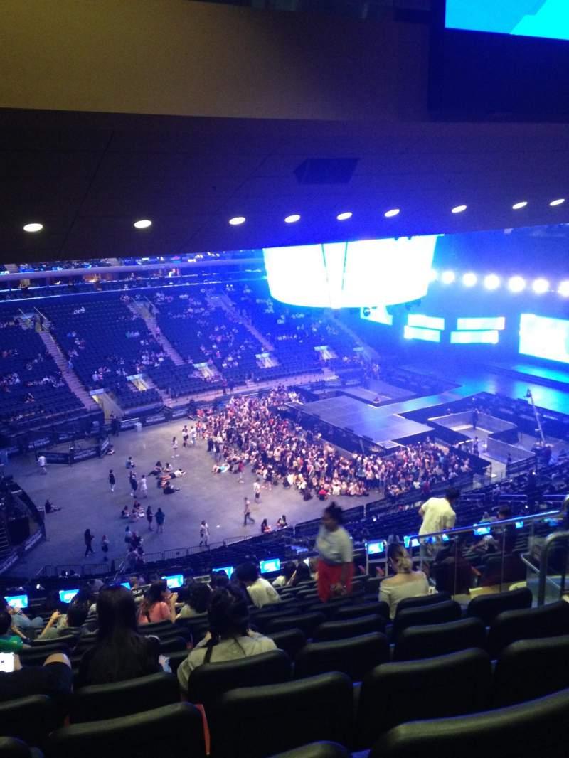 Vista sentada para Madison Square Garden Secção 208 Fila 16 Lugar 18