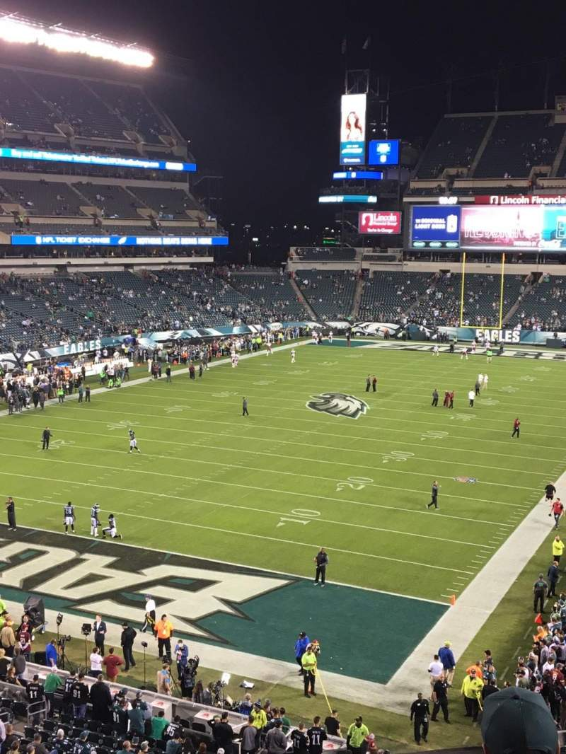 Vista sentada para Lincoln Financial Field Secção M13 Fila 4 Lugar 4