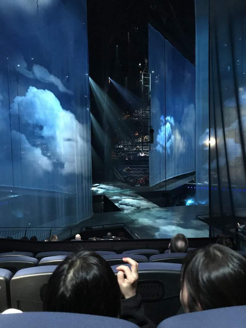 Vista sentada para Love Theatre - The Mirage Secção 205 Fila O Lugar 13