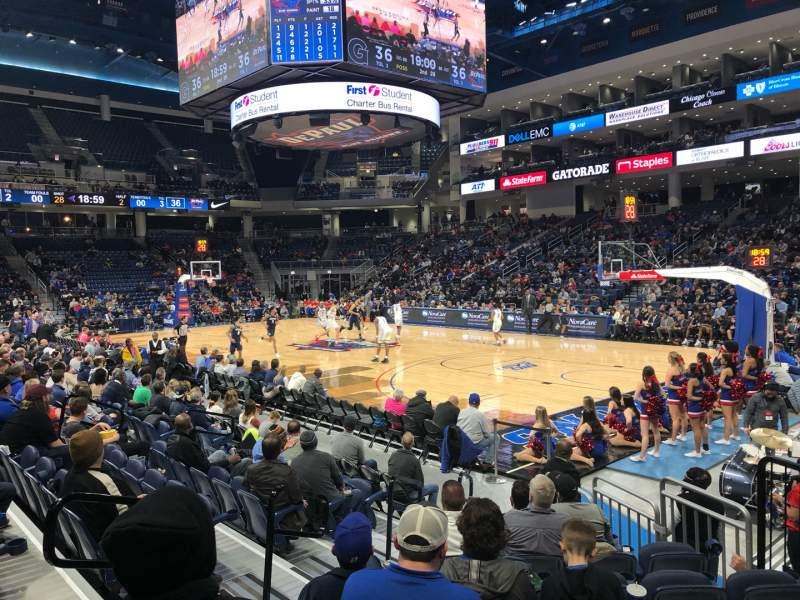 Vista sentada para Wintrust Arena Secção 121 Fila D Lugar 6