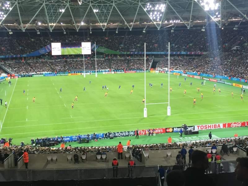 Vista sentada para London Stadium Secção 220 Fila 50 Lugar 67