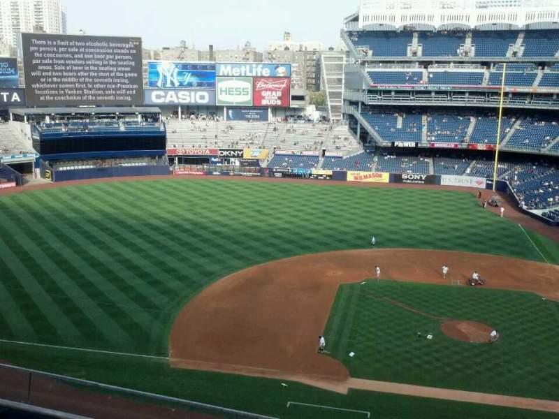 Vista sentada para Yankee Stadium Secção 324 Fila 4 Lugar 12