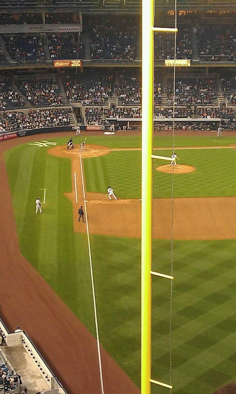 Vista sentada para Yankee Stadium Secção 307 Fila 6 Lugar 8