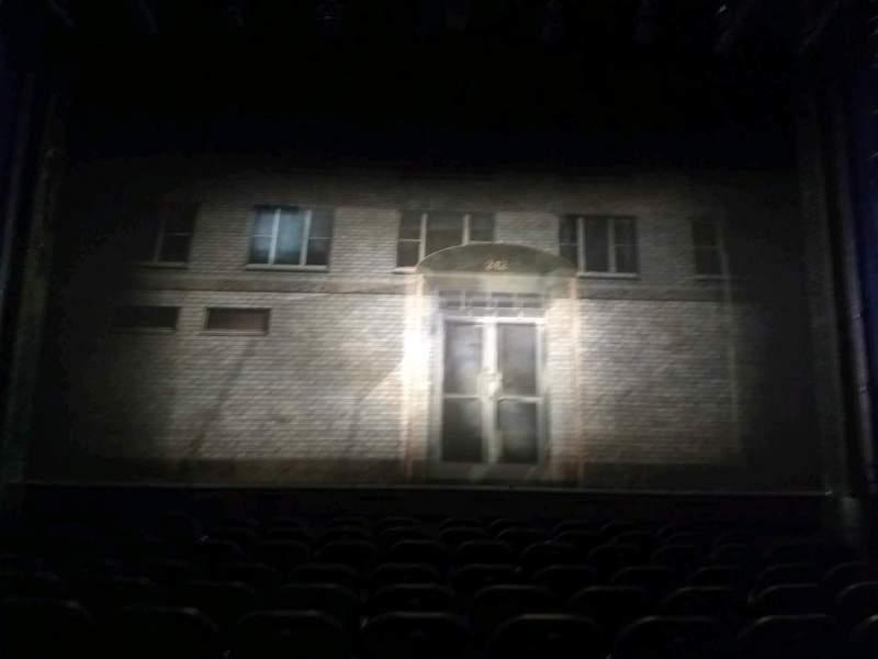 Vista sentada para Hayes Theater Secção orch Fila k Lugar 107