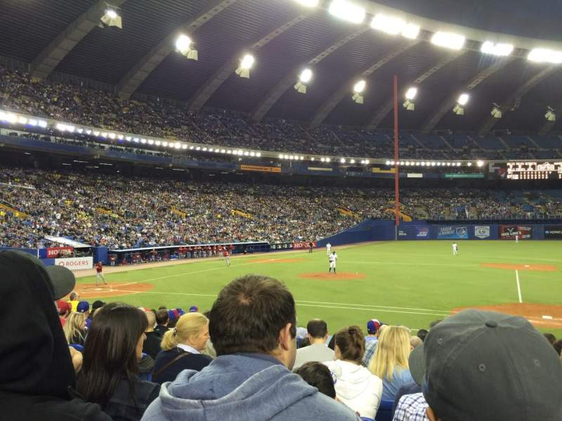 Vista sentada para Olympic Stadium, Montreal Secção 111 Fila PP Lugar 7