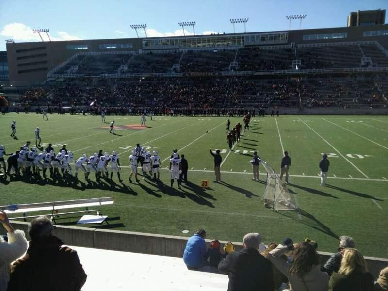Vista sentada para Princeton Stadium Secção 24 Fila 9 Lugar 15