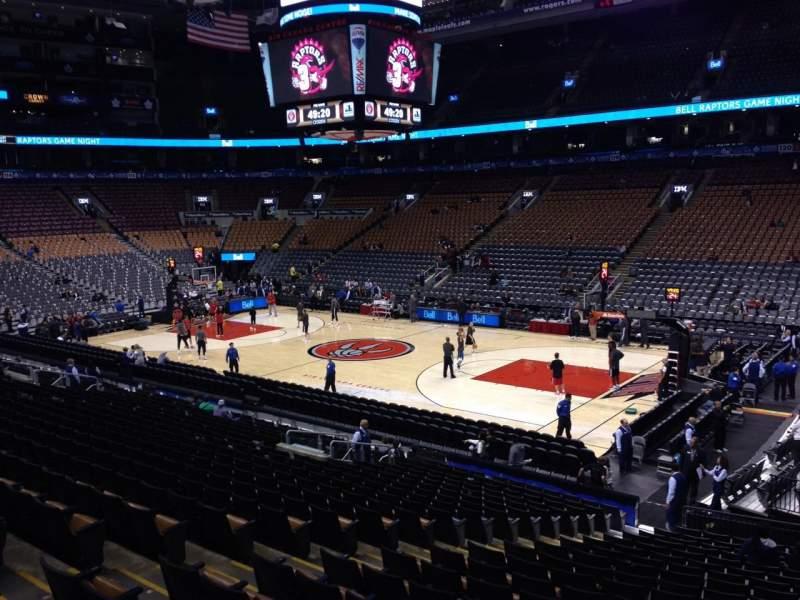 Vista sentada para Scotiabank Arena Secção 106 Fila 21 Lugar 10