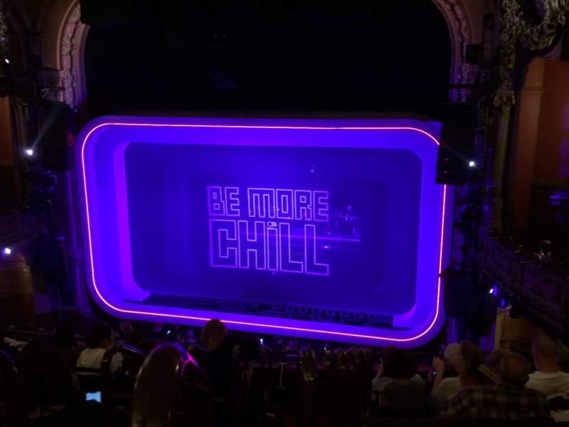 Vista sentada para Lyceum Theatre (Broadway) Secção Mezzanine R Fila G Lugar 2