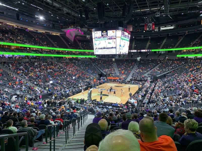 Vista sentada para T-Mobile Arena Secção 2 Fila X Lugar 1