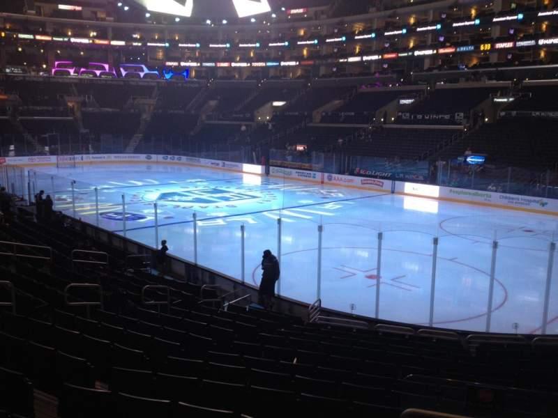 Vista sentada para Staples Center Secção 108 Fila 17 Lugar 17