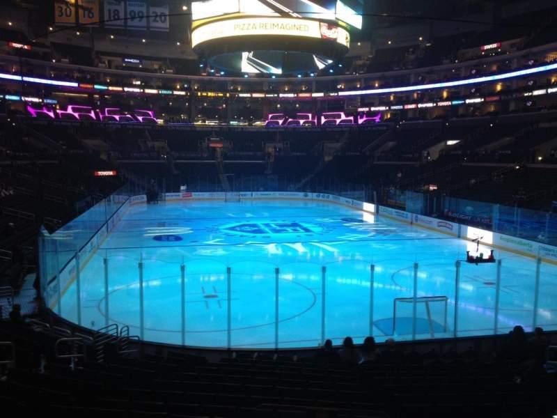 Vista sentada para Staples Center Secção 107 Fila 17 Lugar 17