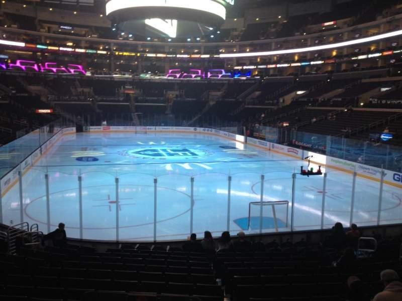 Vista sentada para Staples Center Secção 107 Fila 16 Lugar 14