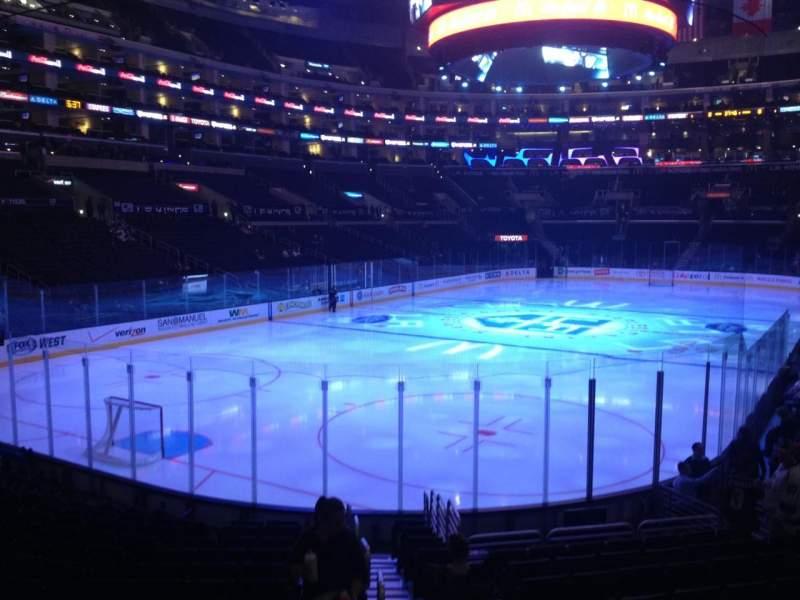 Vista sentada para Staples Center Secção 106 Fila 16 Lugar 1