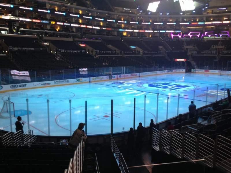 Vista sentada para Staples Center Secção 105 Fila 17 Lugar 1