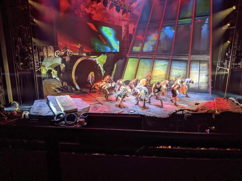 Vista sentada para Mainstage at the New York City Center Secção Grand Tier Fila A Lugar 108