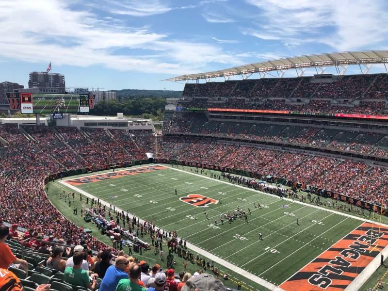 Vista sentada para Paul Brown Stadium Secção 334 Fila 12 Lugar 10