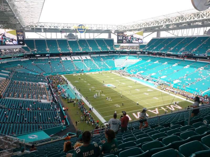 Vista sentada para Hard Rock Stadium Secção 336 Fila 22 Lugar 10