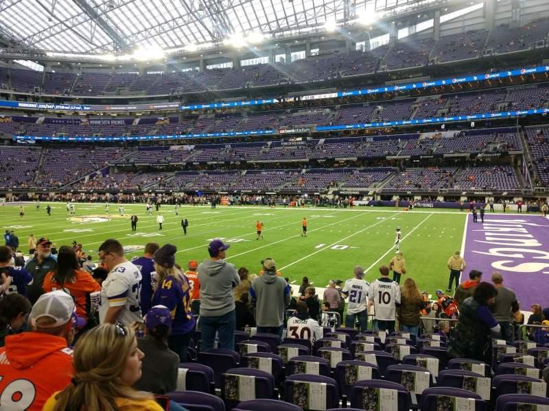 Vista sentada para U.S. Bank Stadium Secção 105 Fila 10 Lugar 15