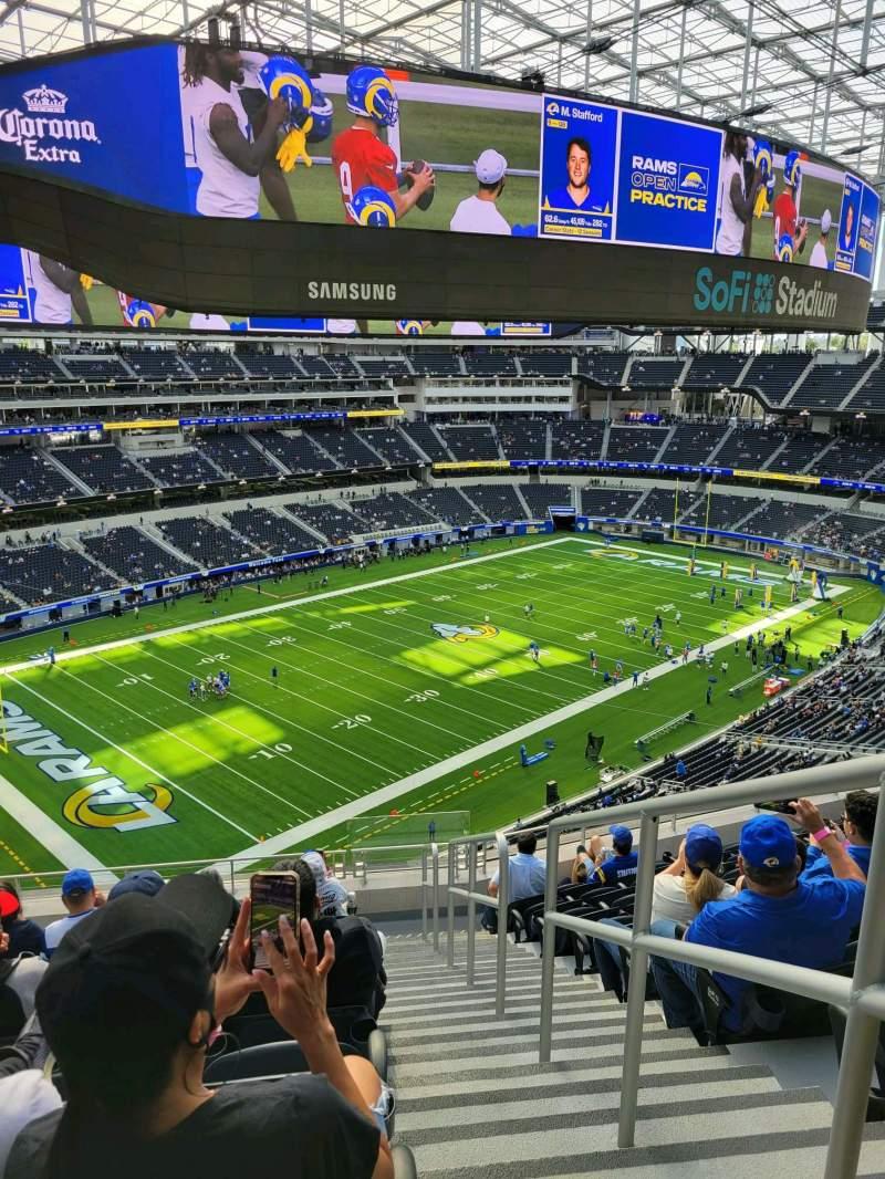 Vista sentada para SoFi Stadium Secção 342 Fila 9 Lugar 1