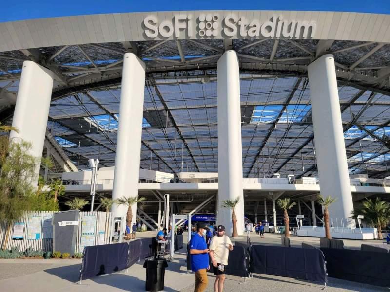 Vista sentada para SoFi Stadium Secção entry 3